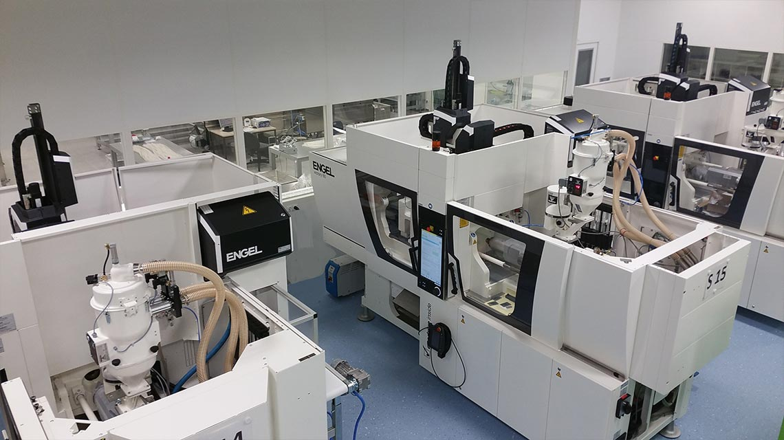Injection molding machines for medical products